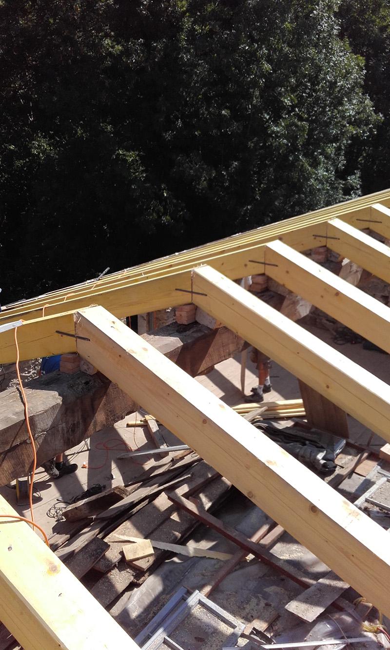 gradnja in pokrivanje strehe 1